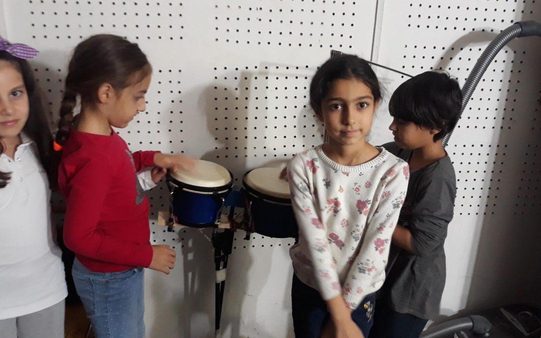 Կոմիտասյան երգ-կարաոկե․ նվեր սիրելի կրթահամալիրին